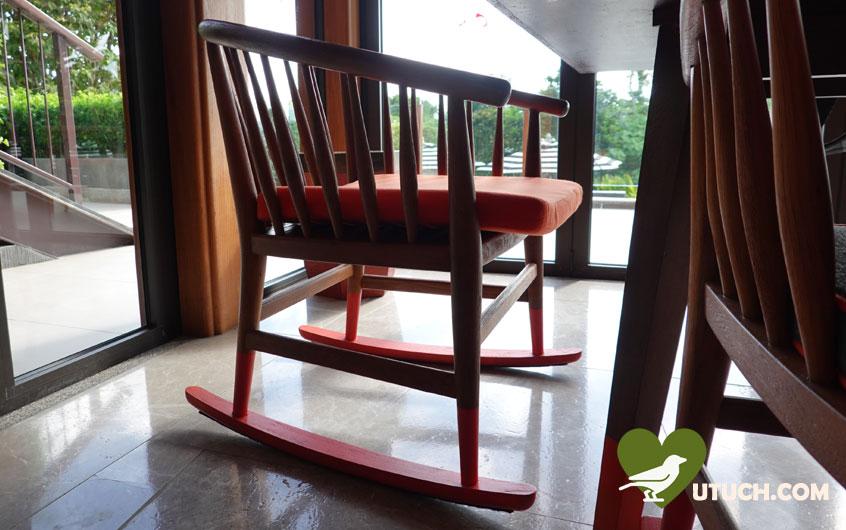 เก้าอี้โยกเยก ได้ความผ่อนคลายไปอีกแบบ