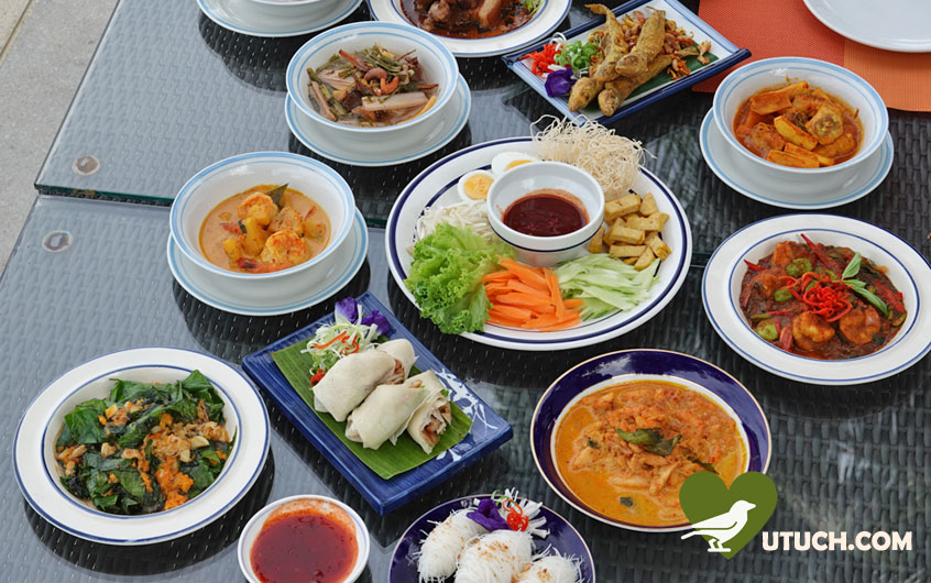 อาหาร อร่อยๆ เต็มโต๊ะ!!